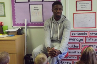 Newcastle Footballer  Visits Year5